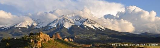 spanish-peaks-wall